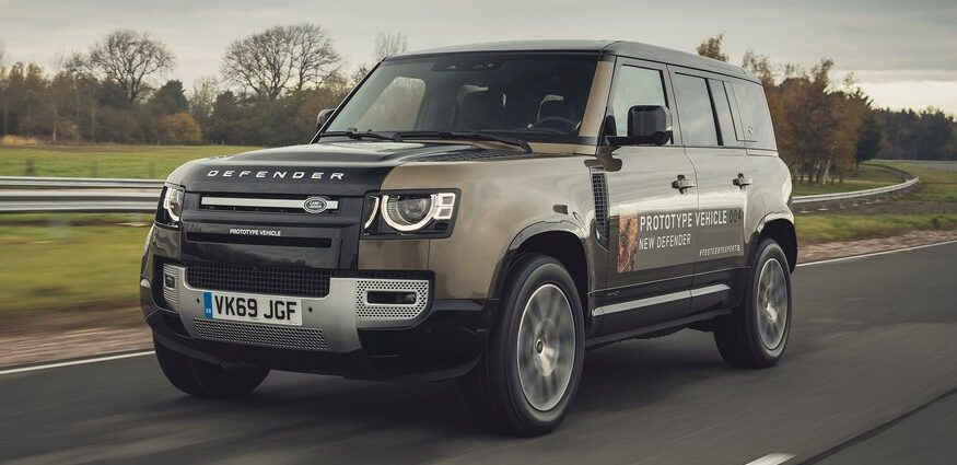 2020-Land-Rover-Defender-110-HSE-P400-58