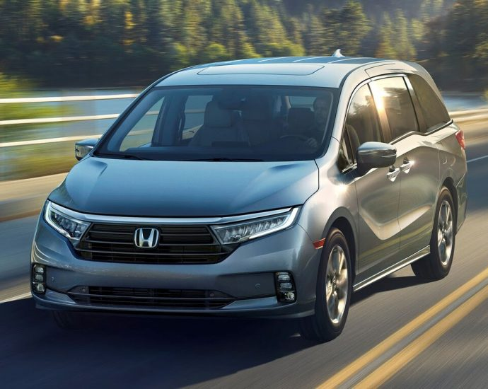 2021 Honda Odyssey First Look
