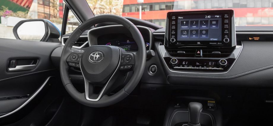 2020 Toyota Corolla XSE Hatchback Interior Review