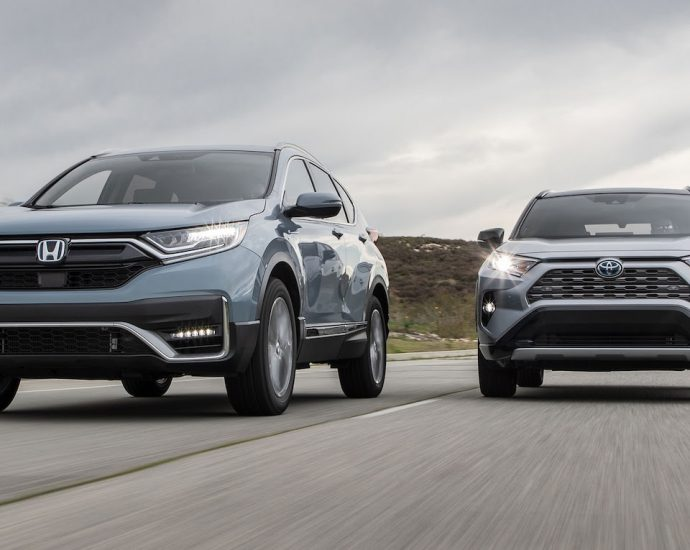 2020-hybrid-suv-battle