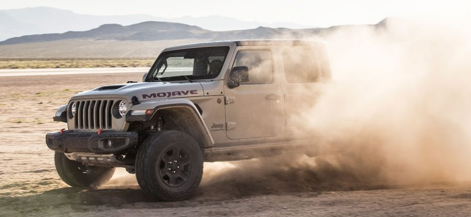 The 2020 Jeep Gladiator Mojave Is the Best Gladiator You Can Buy