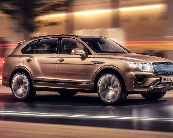 2021 Bentley Bentayga Hybrid