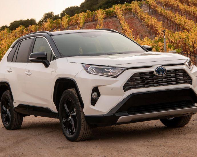 2021 Toyota RAV4 Hybrid XSE Drive